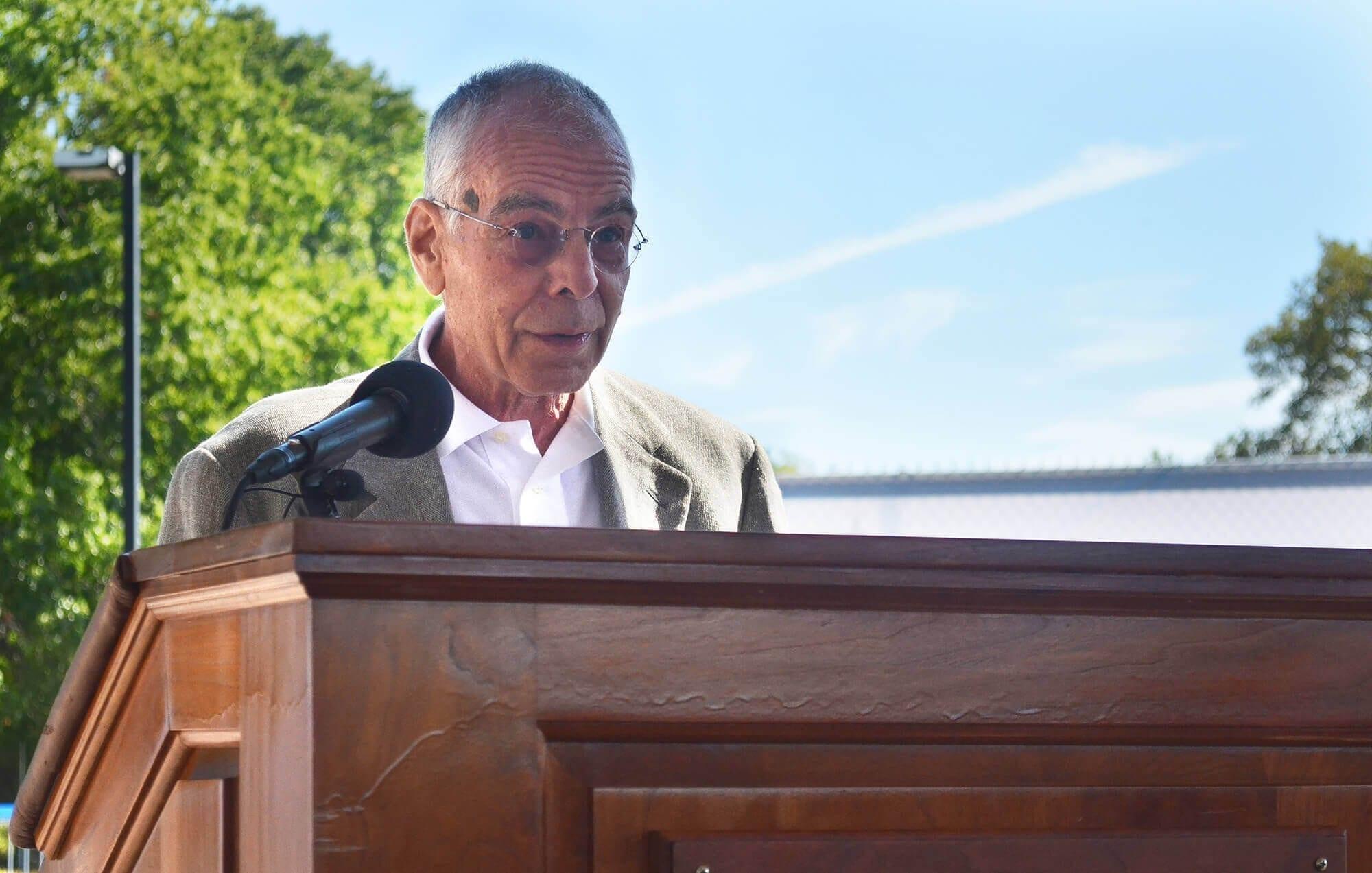 dr-david-goode-professor-of-sociology-at-csi-2