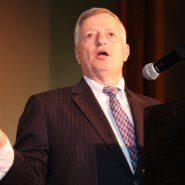 Rick Pirrotta, Market Vice President, accepts AHRC NYC's Corporate Leadership Award on behalf of Konica Minolta